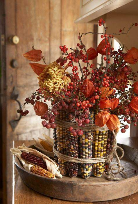 Indian Corn and Berries_Rusticdecoratively