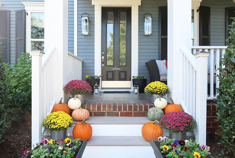Fall Porch Update with Mum_Pumpkins_Pansies