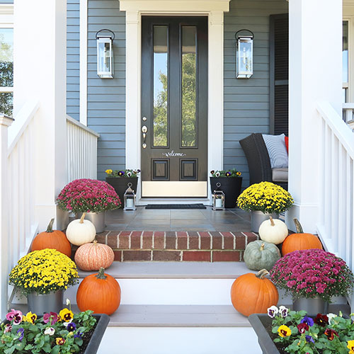 Fall Porch Update with Mum_Pumpkins_Pansies_Square