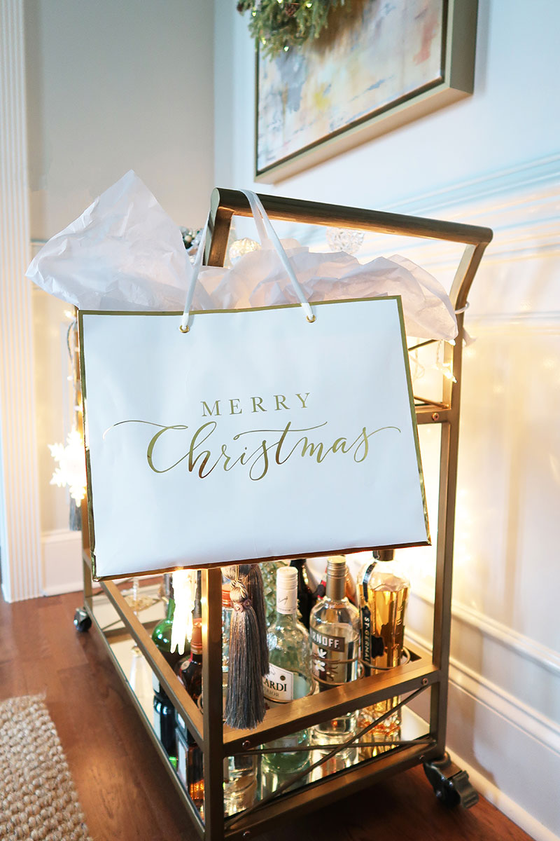 Merry-Christmas-Bar-Cart