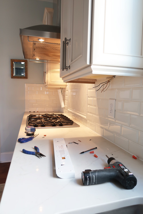 installing-under-cabinet-lights-in-kitchen