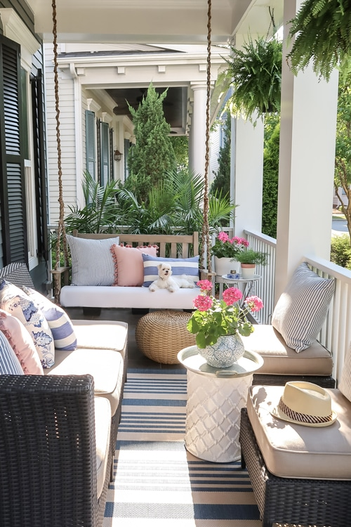 Small Front Porch Decorating: 6 Unique Ideas for Summer ...