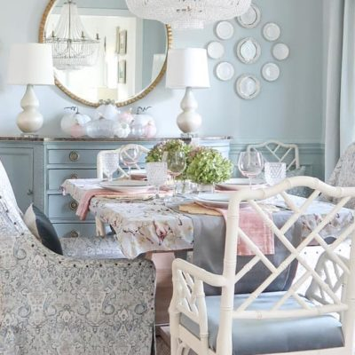 fall-decor-blue-dining-room-decorated-fall-tablescape